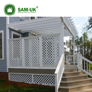 2'x4' vinyl fence with square lattice veranda